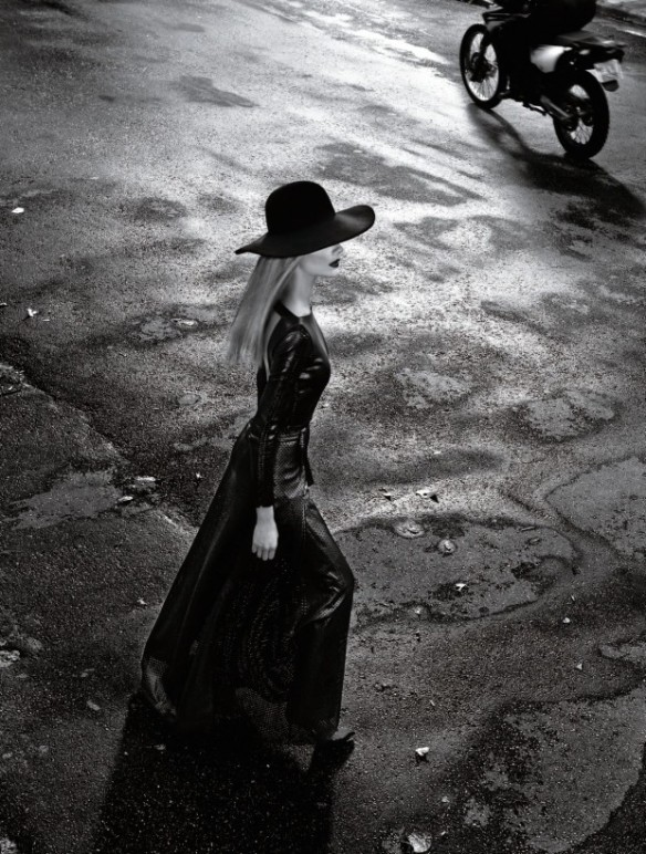 253 620x820 Harpers Bazaar Brasil   Editorial de Moda Abril 2013   Ana Claudia Michels por Gui Paganini